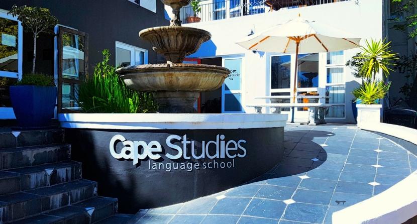 Special Tuesday Cape Studies: Como tudocomeçou