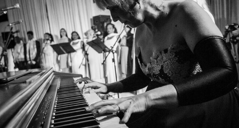 Show musical projeto cultural LourdesNavarro
