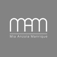 Mia Anzola